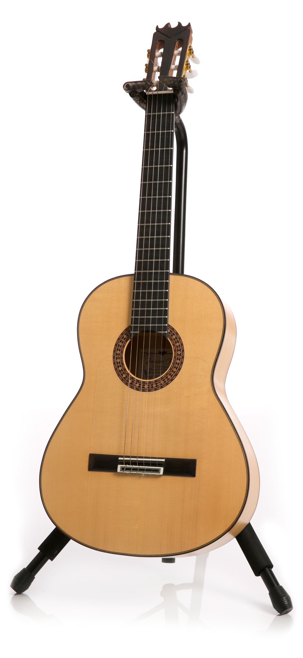 The finest handmade flamenco guitars