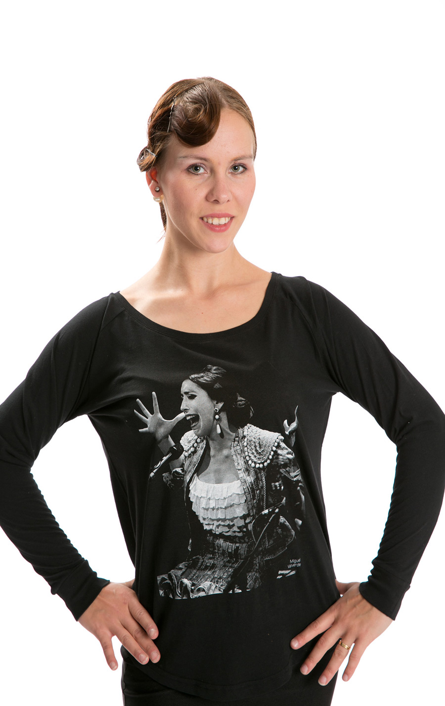 LIMITED EDITION T-SHIRT MODEL FLAMENCO SINGER. BEGOÑA CERVERA